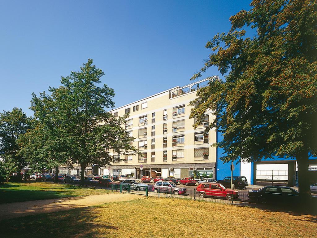 Pro Seniore Krankenheim Genthiner Straße